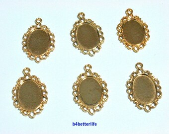 """Lot of 24pcs """"Oval Photo Charm"""" Gold Color Plated Metal Charms. #XX354."""