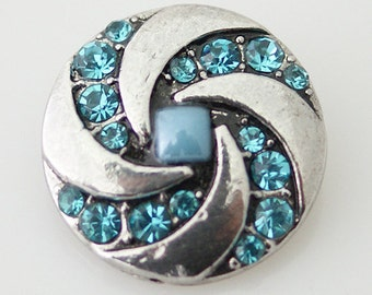 KB7424  Silver Swirl Set Off with Turquoise Crystals ~ Pearl Square in Center