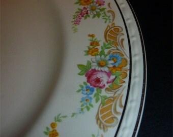 """Homer Laughlin Eggshell Georgian 10"""" dinner plate gorgeous rose border K41N5"""