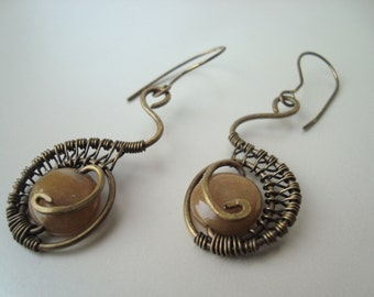 Brass earrings with citrine gemstone