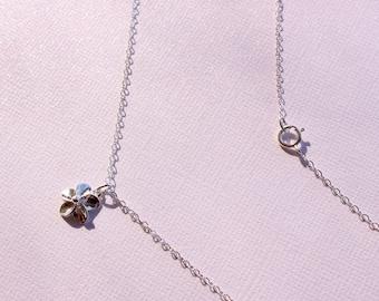 Delicate  Silver Plumeria Necklace, Silver Frangipani Necklace, Hawaiian Silver Plumeria Necklace, Hawaiian Wedding Necklace