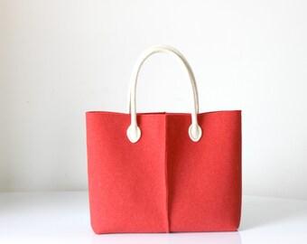 Discount: ORIGINAL PRICE 92,67 DOLLARS - Elegant and Casual Felt Bag from Italy, Tote Bag, Felted bag, Market Bag, Felt Tote.