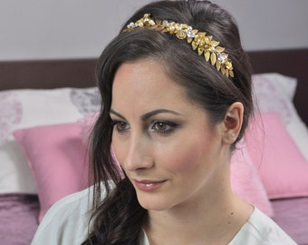 Bridal leaves crown, with beads and cristal
