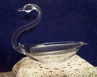 Vintage 1940's Duncan and Miller Swan Bowl/ Large Pall Mall Swan/ 9 Inches H x 11.5 Inches L