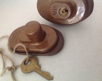 Vintage master gun lock tool key safety hunting