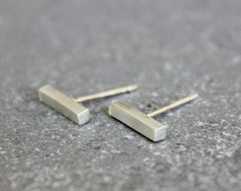 Silver bar stud earrings, bar stud earrings, tiny bar stud, modern stud earrings