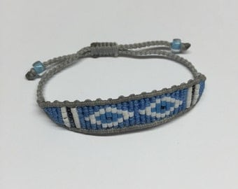 Blue and grey bracelet with beads