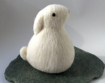 Needle felted rabbit. Felted bunny. Wool rabbit. Felted animal. Cute bunny. Felted animal