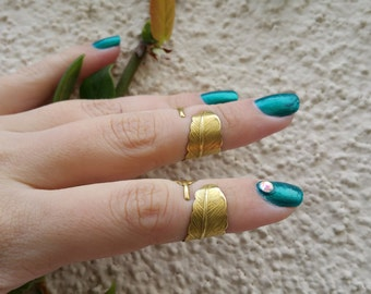 2 Adjustable Brass Feather Knuckle ring