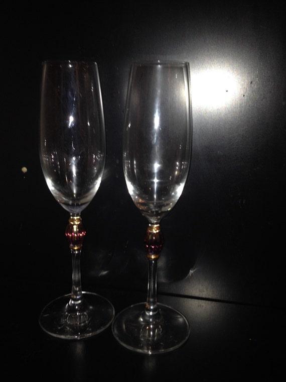 pair od crystal wine glasses on long stem stem has amethyst. Black Bedroom Furniture Sets. Home Design Ideas
