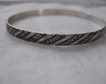 Danecraft Mid Century Sterling Silver Bangle Bracelet