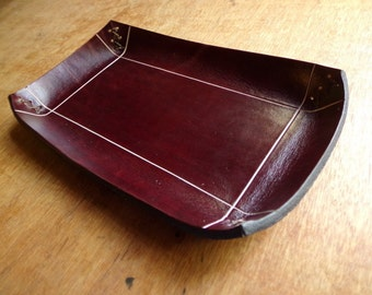 Leather catch all tray. Home decor. Dark brown.