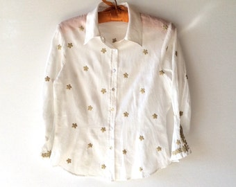 Cute muslin cotton blouse with gold embroidery. Size S. Beach wear. Boho.Great condition. Women's clothing. Summer blouse.