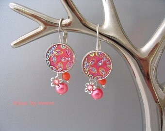 salmon coral jewelry women pearl earrings and embossed flower pattern