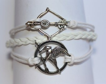TRIBUTE~ Bird with Arrow Bracelet Bow and Arrow White Leather Silver Charm Bracelet ilovecheesygrits