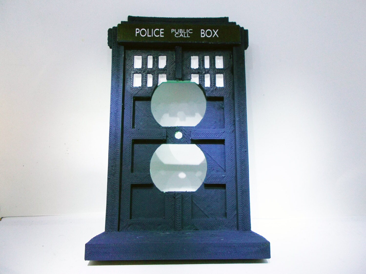 Tardis light switch and outlet plate set doctor who police for Tardis light switch cover