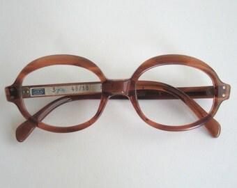 Items similar to Vintage 70s Mens Eyeglass Frames on Etsy
