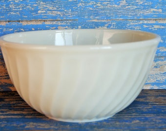 Fire King Ivory Swirl Mixing Bowl - 8""