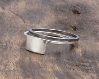 925 stering silver square ring with 1 oxidized silver band ring