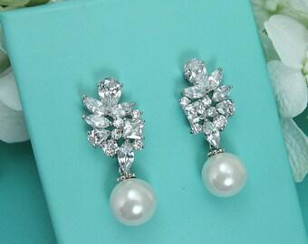 Sparkle cz earrings, pearl bridal earrings, cubic zirconia earrings, wedding jewelry, wedding earrings, bridal earrings jewelry 212015231