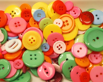 Mixed buttons, 50g bag of buttons, various sizes & bright summer colours.
