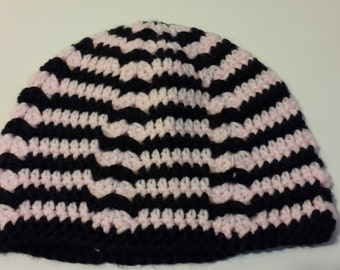 Handmade crochet beanie Black/Pink