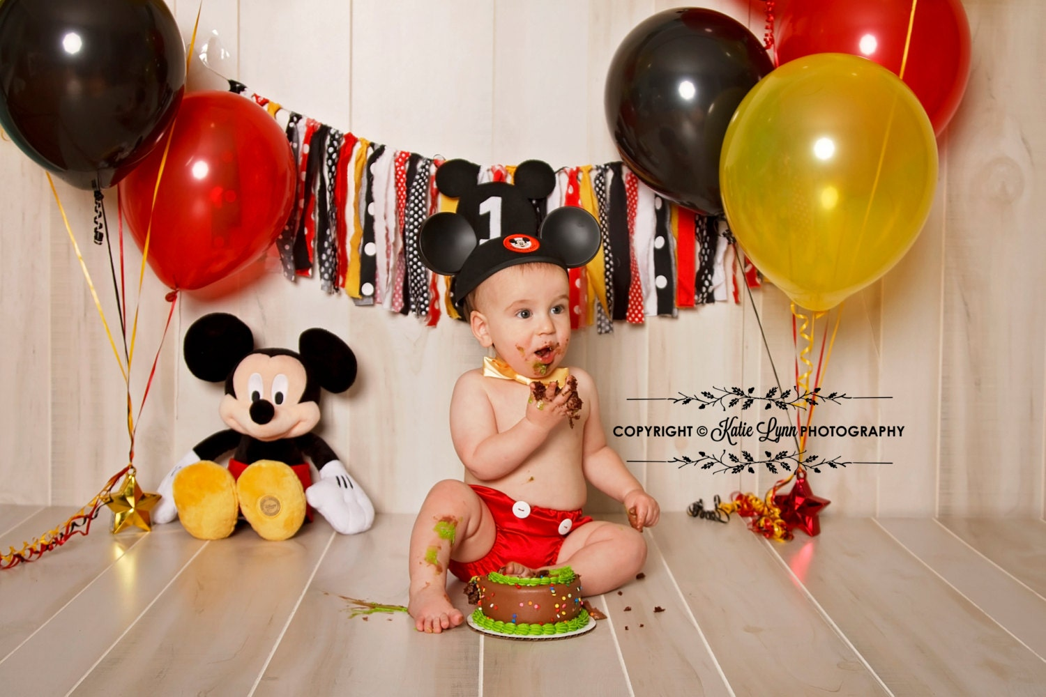 Mickey Mouse Smash Cake: Mickey Mouse Diaper Cover And Bow Tie Smash Cake 12 Month