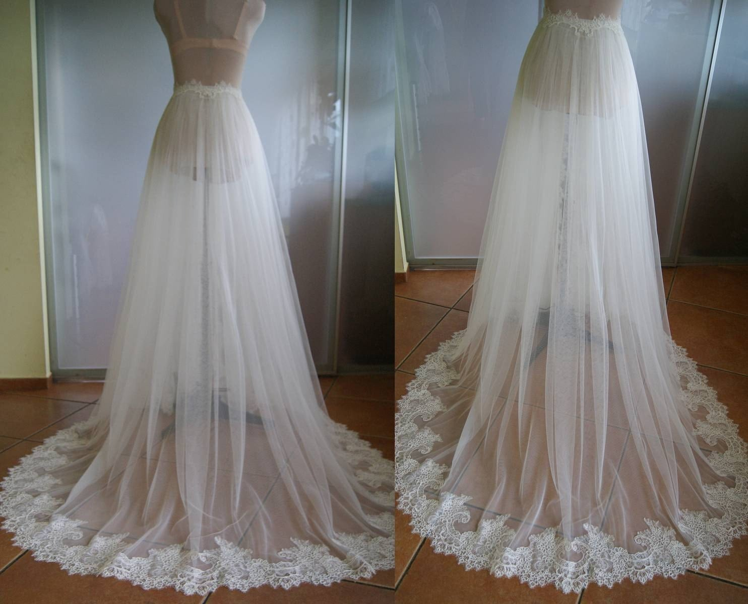 Detachable skirt train for wedding dress nika tulle lace for Wedding dresses with tulle skirts