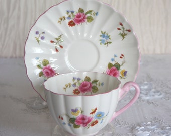 Vintage Shelley China Tea Cup & Saucer Rose and Red Daisy Pattern