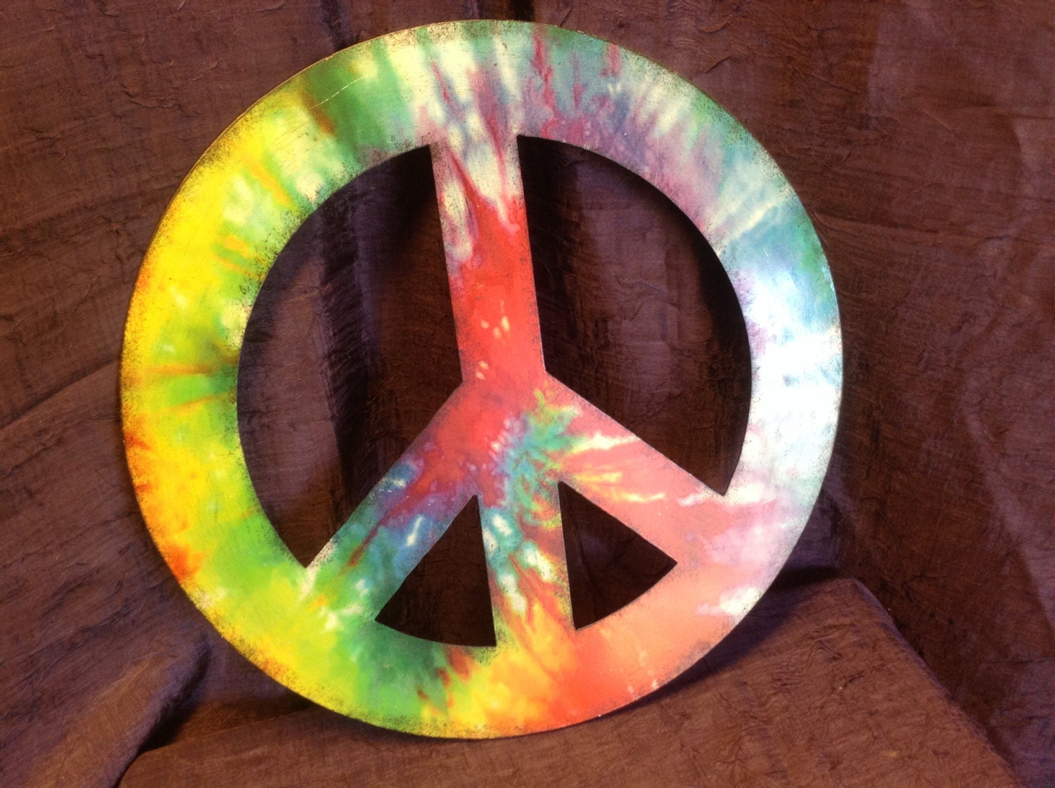Peace Sign Wall Decor Metal : Peace sign metal tie dyed look retro wall decor