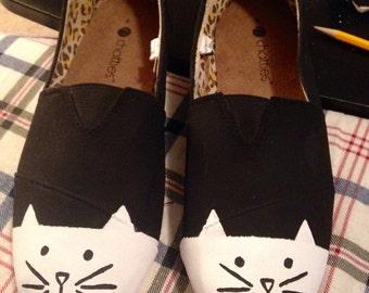 Handpainted Minimalist Cat Shoe