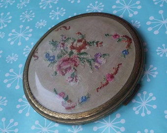 Vintage kitsch mascot large loose powder compact 1940s 1950s petit point embroidery 4""