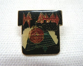 Vintage Early 1980s Def Leppard - Pyromania Album Promotional Enamel Pin / Button / Badge