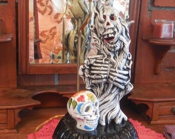 Day of the Dead Lamp with Skeleton & Skull