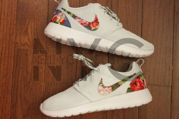 nike roshe run grau blaue rose sinfonie floral. Black Bedroom Furniture Sets. Home Design Ideas