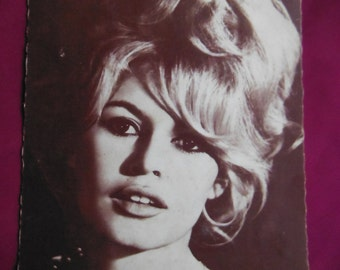 Brigitte Bardot, French actress, Postcard Bulgaria, Vintage,   Perfectly Preserved, Unposted
