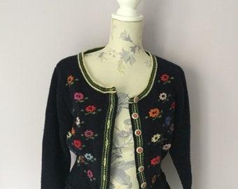 313. Vintage 90s floral cardigan
