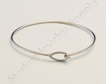 Stainless Steel Bangle Bracelet with Teardop End, Wholesale Bracelet Supply, USA Seller