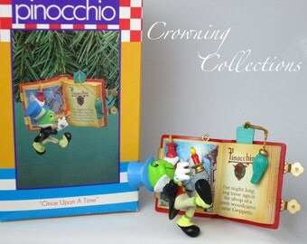 Enesco Once Upon a Time Jiminy Cricket Disney Ornament Pinocchio Treasury Story Book Candle RARE