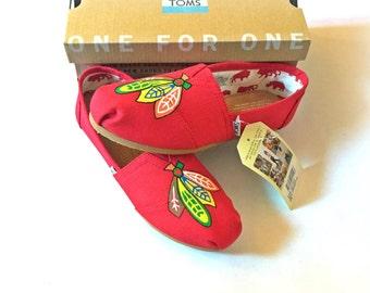 Chicago Blackhawks TOMS Shoes, Blackhawks Shoes, Hockey Shoes, Hockey Toms, Blackhawks TOMS