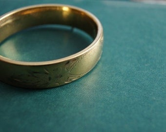 Vintage 1960's - Larger Craftmere GF (Gold Filled) blank Engraved Hinged Bracelet
