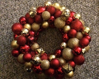 Mini ornament wreath