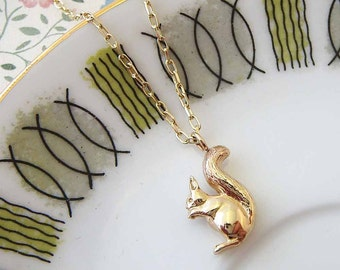 Gold Squirrel Necklace, squirrel necklace, yellow gold squirrel, yellow gold necklace, gifts for her, Uk maker