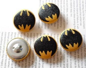 Buttons - Batman Buttons - Batman Logo - Fabric Buttons - Covered Buttons Flat Back - Fabric Buttons Flat Back - Button Covers - Handpainted