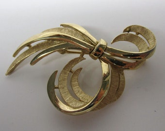 Trifari Ribbon Brooch