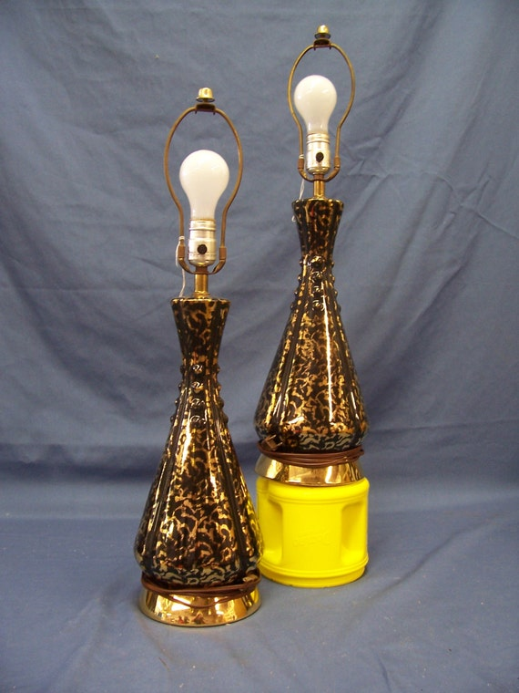 Vintage Mid Century Modern Table Lamp Pair Black with Gold