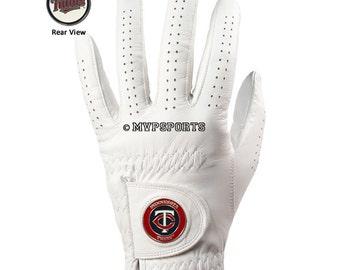 Minnesota Twins Golf Glove & Ball Marker