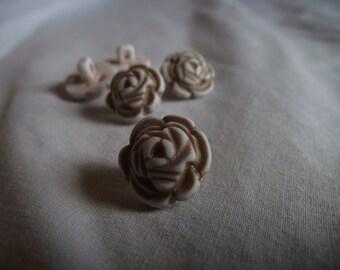 Tan Flower Shank Button 15mm