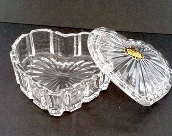 Kristal Zajecar crystal lead glass heart shape trinket box jewellery box  keepsake small storage made in Yugoslavia