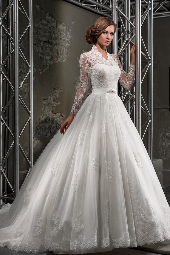 Wedding dress. Lace wedding dress.Long sleeves wedding dress.romantic wedding dress.sheer back wedding dress.long train wedding dress.